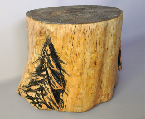 Chainsaw Carved Stump Table/Seat