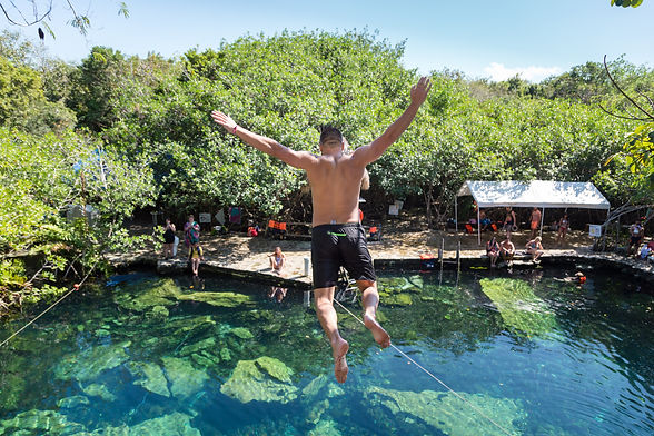 Cenotes_México_-_Costa_Luxury_Propertie