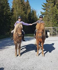 Linnea Sende og Toffy, Ingeborg Indahl og Dreyri fra Bud II