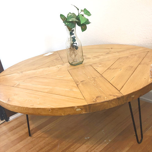Round Coffee Table w/ Hairpin Legs