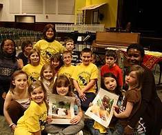 Children volunteering for Circle of Peace International