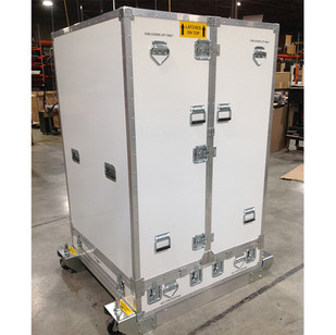 Shipping case with Forks.jpg