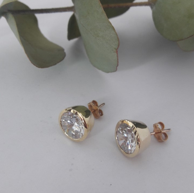 Tube Set Diamond Stud Earrings