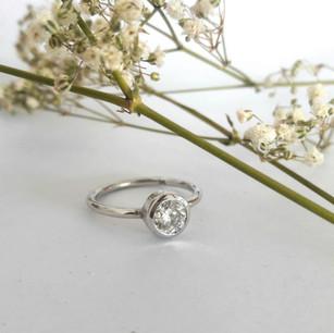 Tube Set Diamond Ring