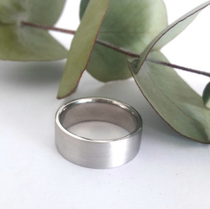 7mm Wide Brushed Finish Gents Band