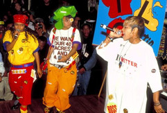 fashion-2013-10-tlc-1993-concert-main-e1480135053266.jpeg
