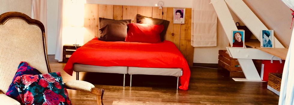 chambre_salon_à_l'étage_maison_de_vacanc