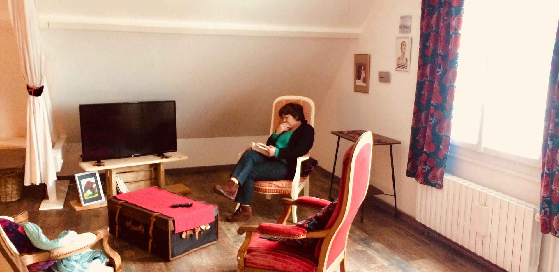 coin_salon_TV_écran_plat_1er_étage.jpg