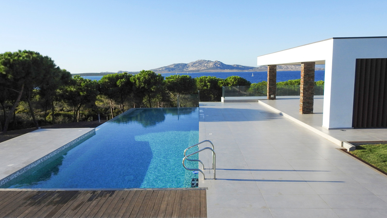 1500 vista pool.jpg