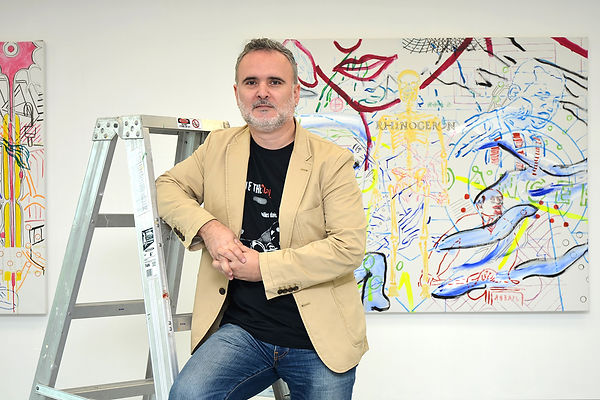 Artist Zoran Poposki in the studio