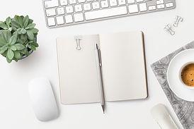 Masa üstünde not etmek