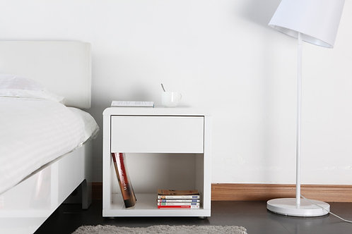 Mesa de Noche Disño Minimalista Ref: Yury (45X40X50)