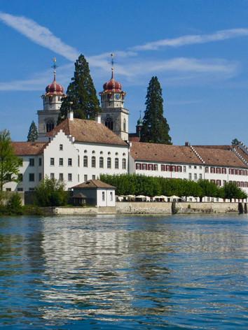 Rheinau Kloster mit Rhein
