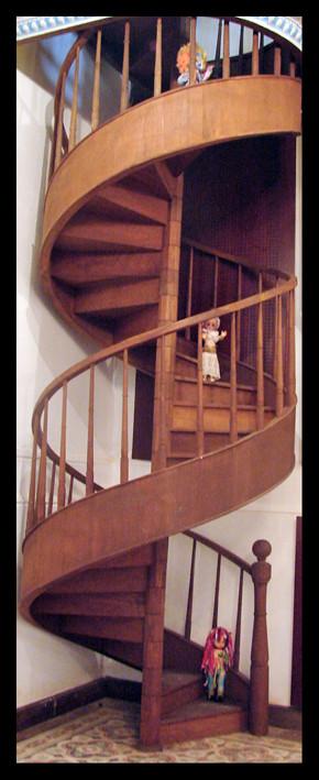 Dolls Stairs1.jpg
