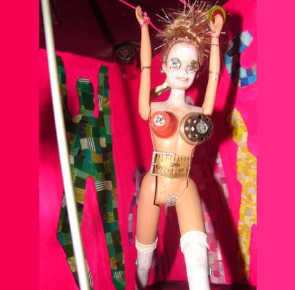 Maq Inside6 Pink.jpg