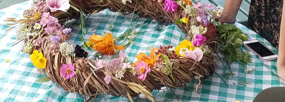 Decorating the Wreath