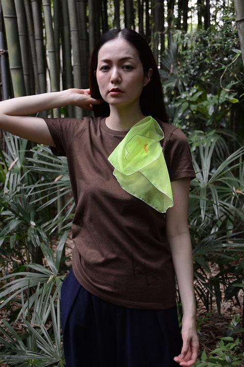 ラッフルアップリケ-茶にイエロー Kikuko  Only one  T-shirt