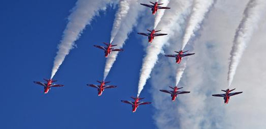 RED ARROWS VISIT BARRY