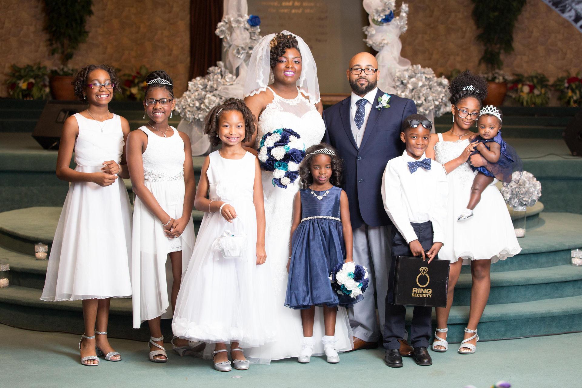 Formal wedding photo session in Richmond, Virginia