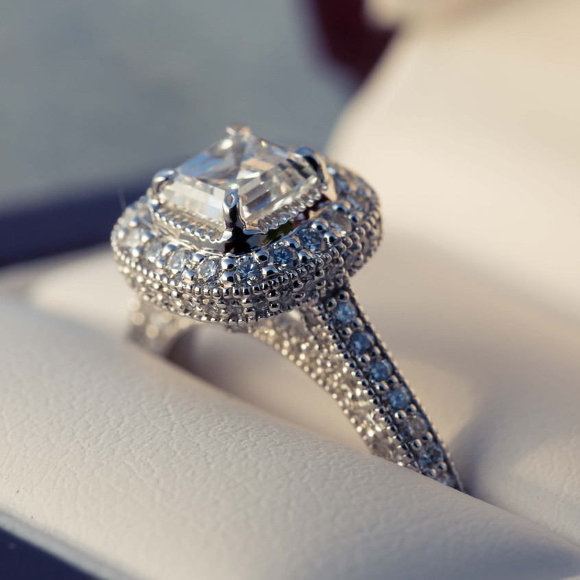 The engagement ring for Essete.