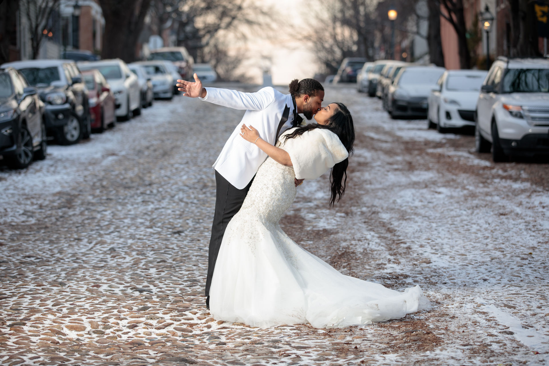 Formal wedding photo session in Old Town Alexandria
