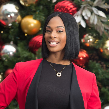 Tynisha's Holiday Headshots