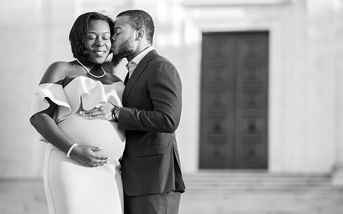 Maternity photography session in Washington DC.