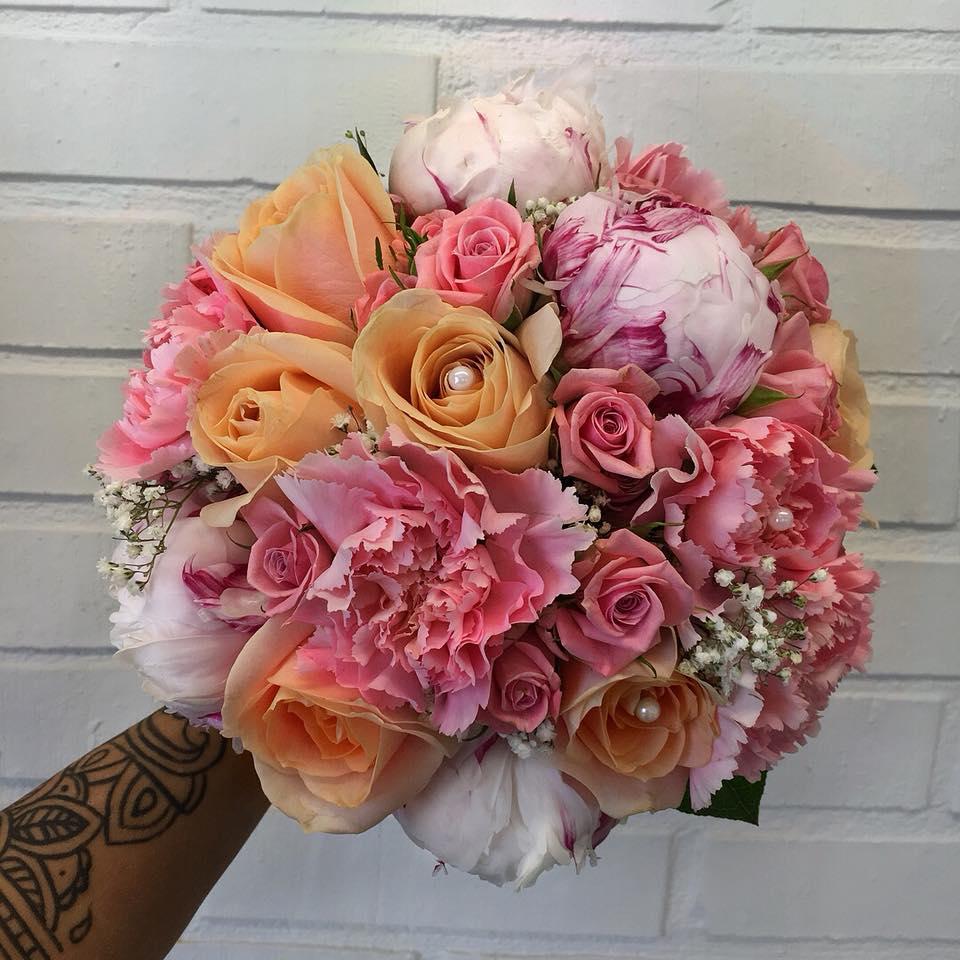 Brudbukett i pastell