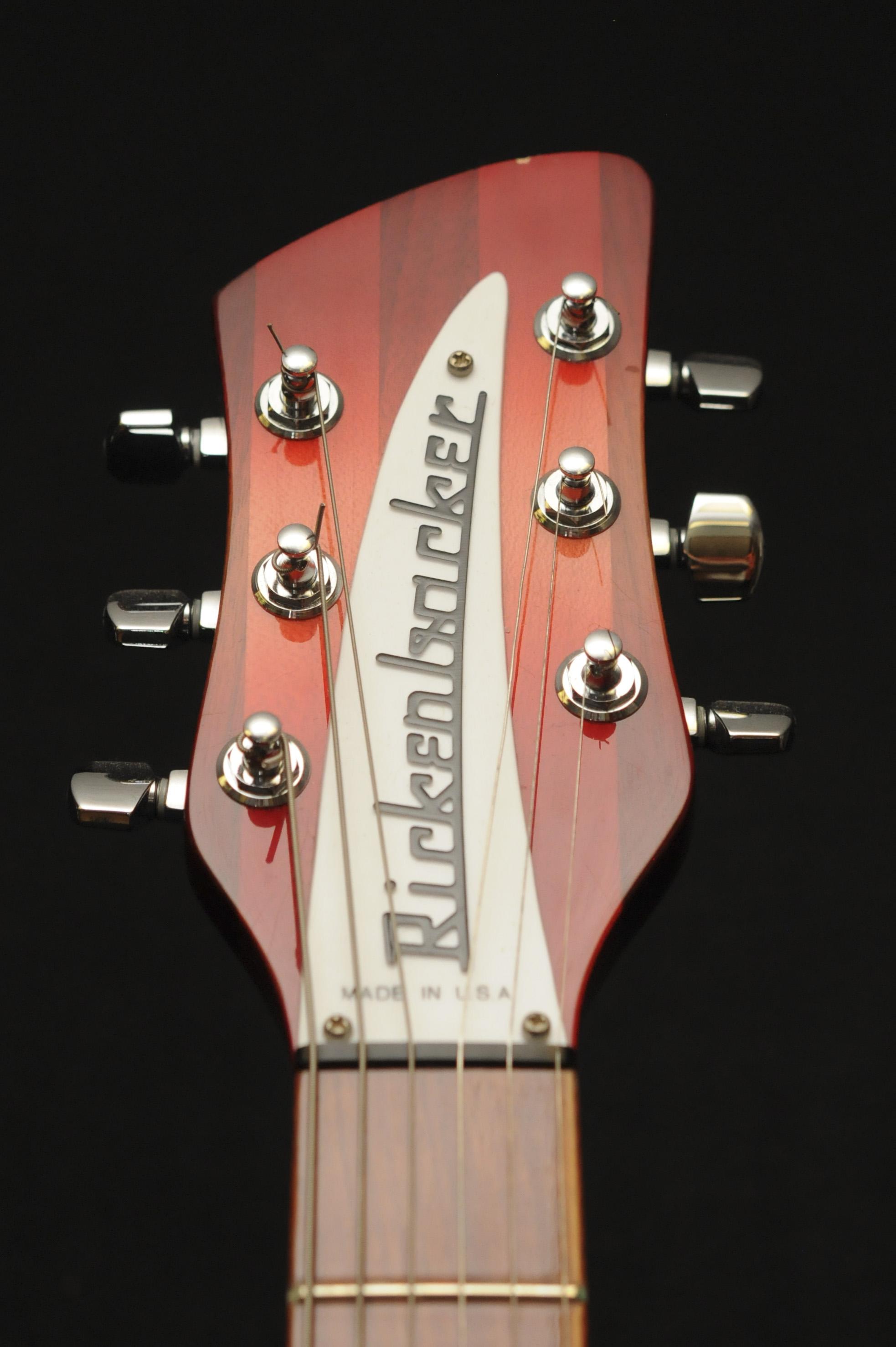20150728_GuitarCollectionDoubleHelix_111