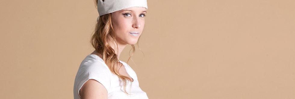 כובע פייטים לבן