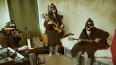 All the Queen's Bovine - Samba Pra Toquinho (Hefty Live)