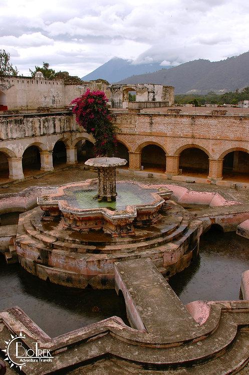 Antigua Mersed Fountain