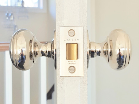 2 Amazing Questions About Choosing Door Hardware.