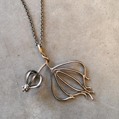 Oxiderat halsband; silver, koppar,mässi