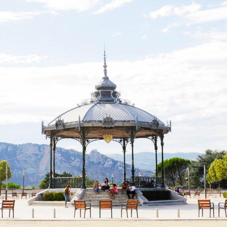 Valence 2015