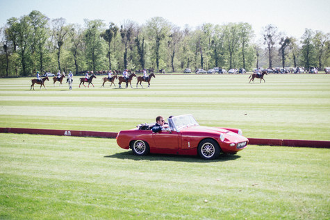 Polo & Oldtimer tour in Chantilly