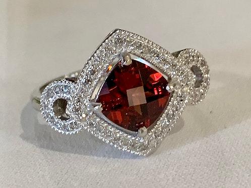 14K Gold Garnet & Diamond Ring