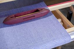 Weaving with Linen Weft