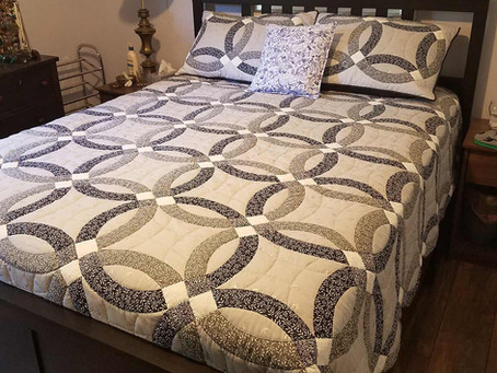 Modern Double Wedding Ring Quilt