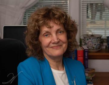 Wendy Leeds Headshot