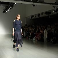 fashion-week_t20_robNvo.jpg