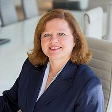 Photo of Renee Z. Kelly, CFA