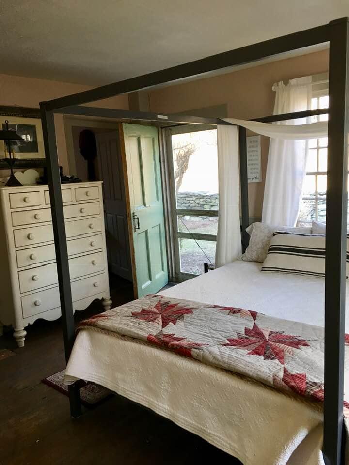 Sarah Flint Room