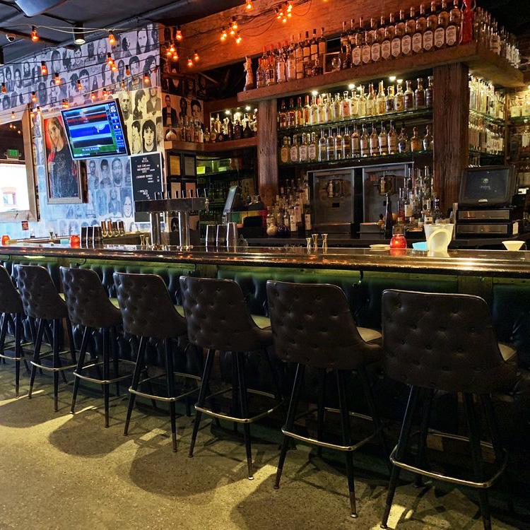La Puerta Bar