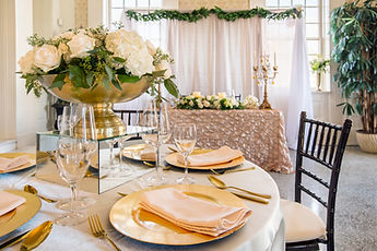 The Manor Place Settings