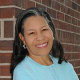 Yvette-Freeman-Aug15_1200x1200.jpg