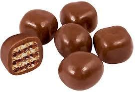 Драже Вафельный кубик в молочно-шоколадной глазури 1кг Яшкино