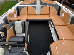 The Super Air Nautique 210