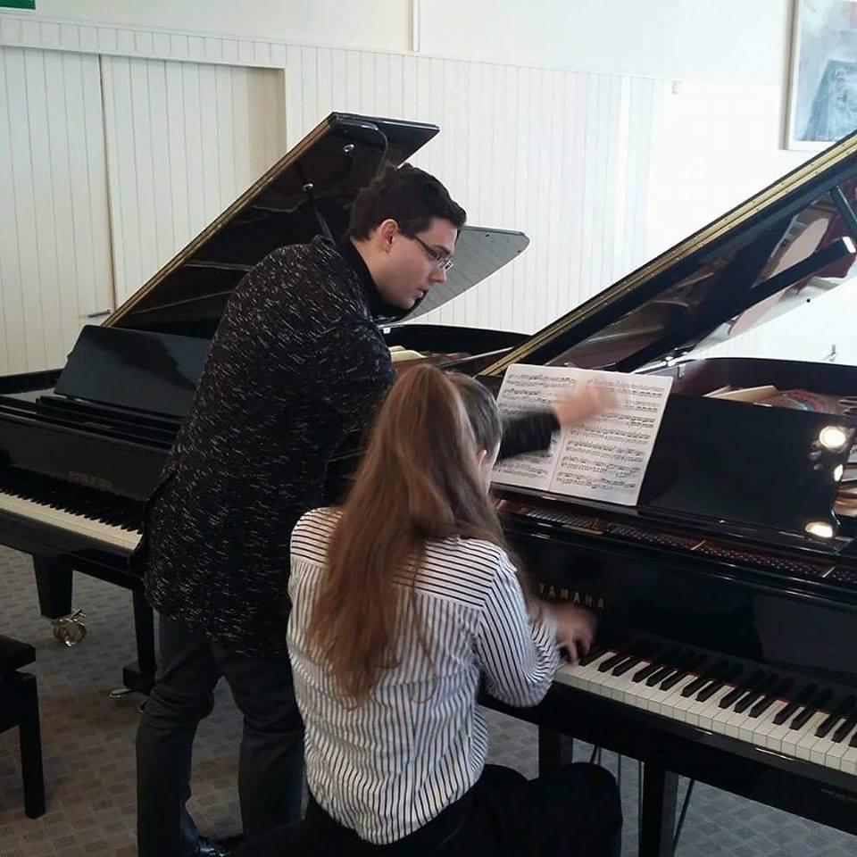 1 hour Piano Lesson