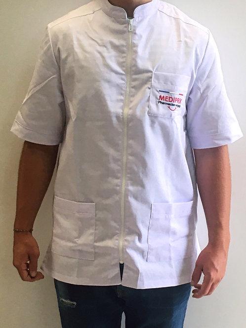 ARTHUR / Homme / blouse blanche / fermeture blanche / sourire